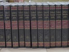 Collier's Encyclopedia (24 Tomes)