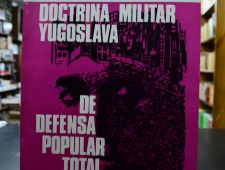 Doctrina militar yugoslava de defensa popular total